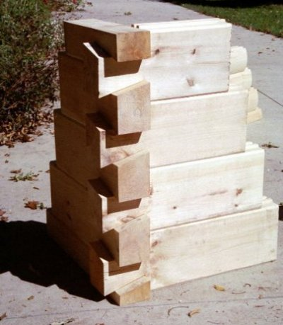 6×12 V Edge Logs with Dovetail Corners