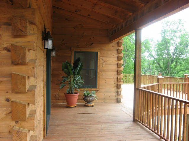 Benefits of log home living